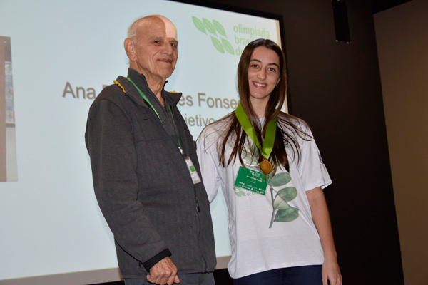 Aluna do Objetivo participa da Olimpíada Ibero-americana de Biologia (OIAB) na Bolívia