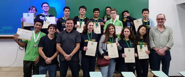 Alunos do Colégio Objetivo conquistam 16 medalhas na Olimpíada Brasileira de Ciências (OBC)